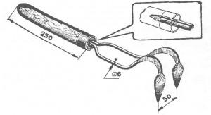 Двухкрючковый садовый рыхлитель